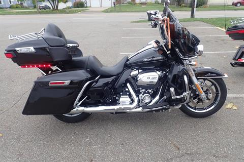 2017 Harley-Davidson Ultra Limited Low in Massillon, Ohio