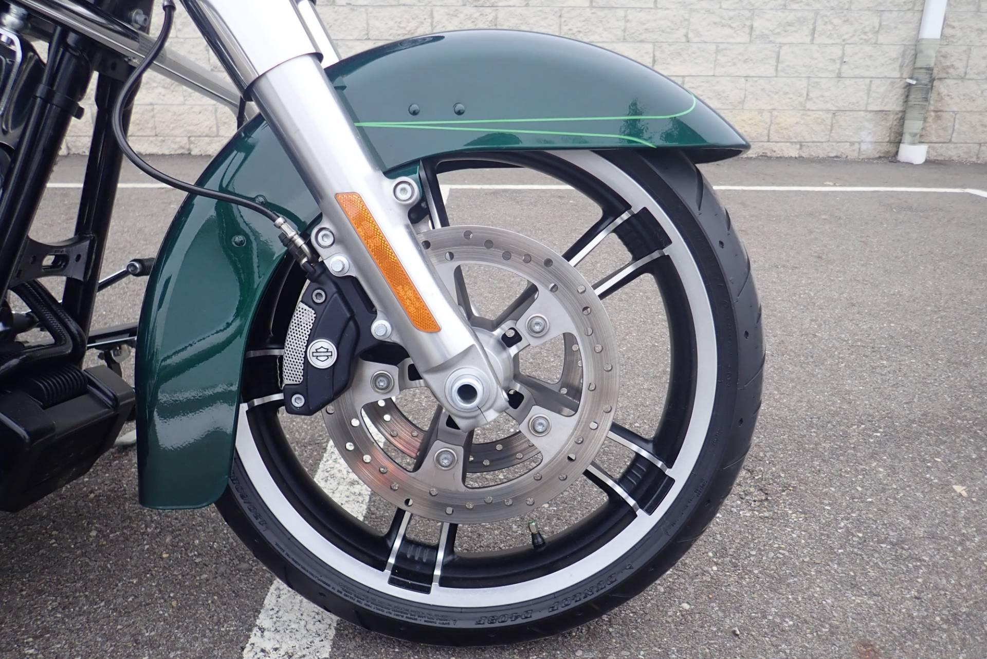 2015 Harley-Davidson Street Glide Special 2