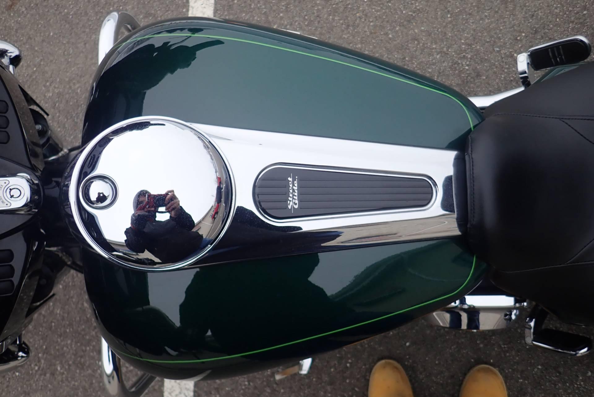 2015 Harley-Davidson Street Glide Special 9