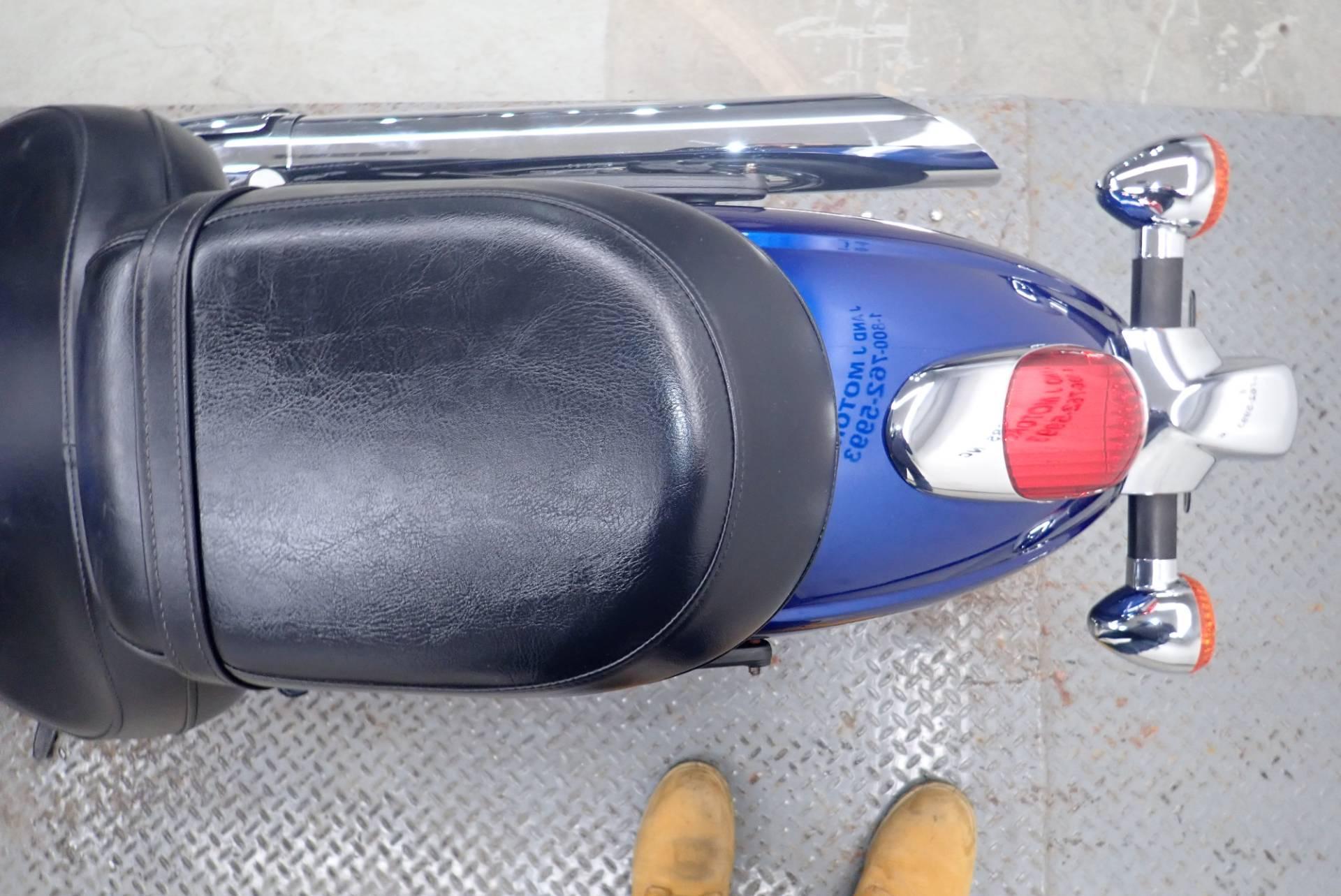 2010 Kawasaki Vulcan 900 Classic 11