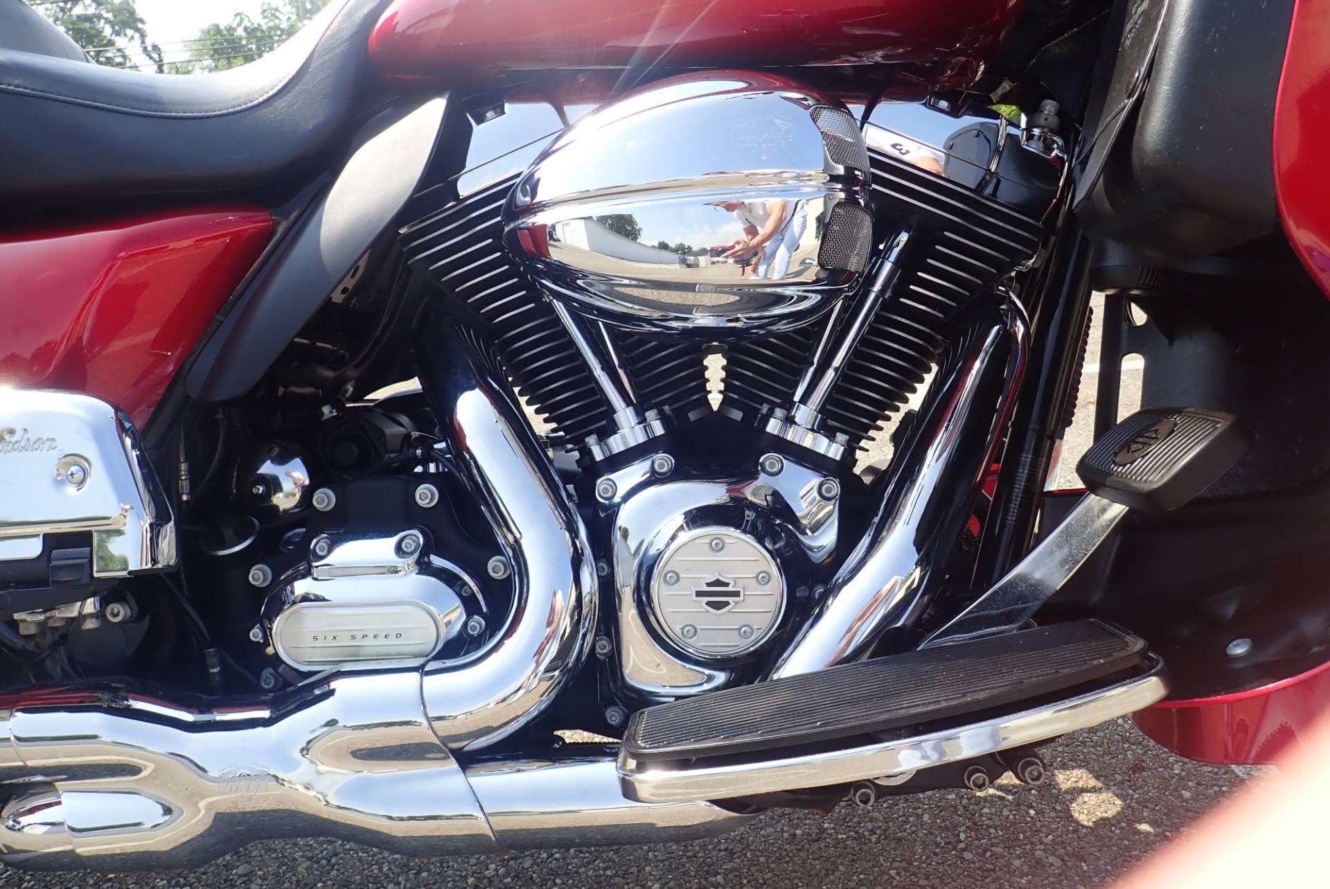 2013 Harley-Davidson Road Glide® Ultra in Massillon, Ohio - Photo 4