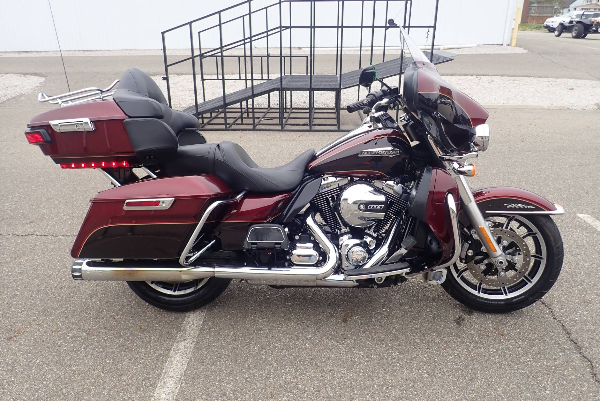 2015 Harley-Davidson Electra Glide® Ultra Classic® in Massillon, Ohio - Photo 1