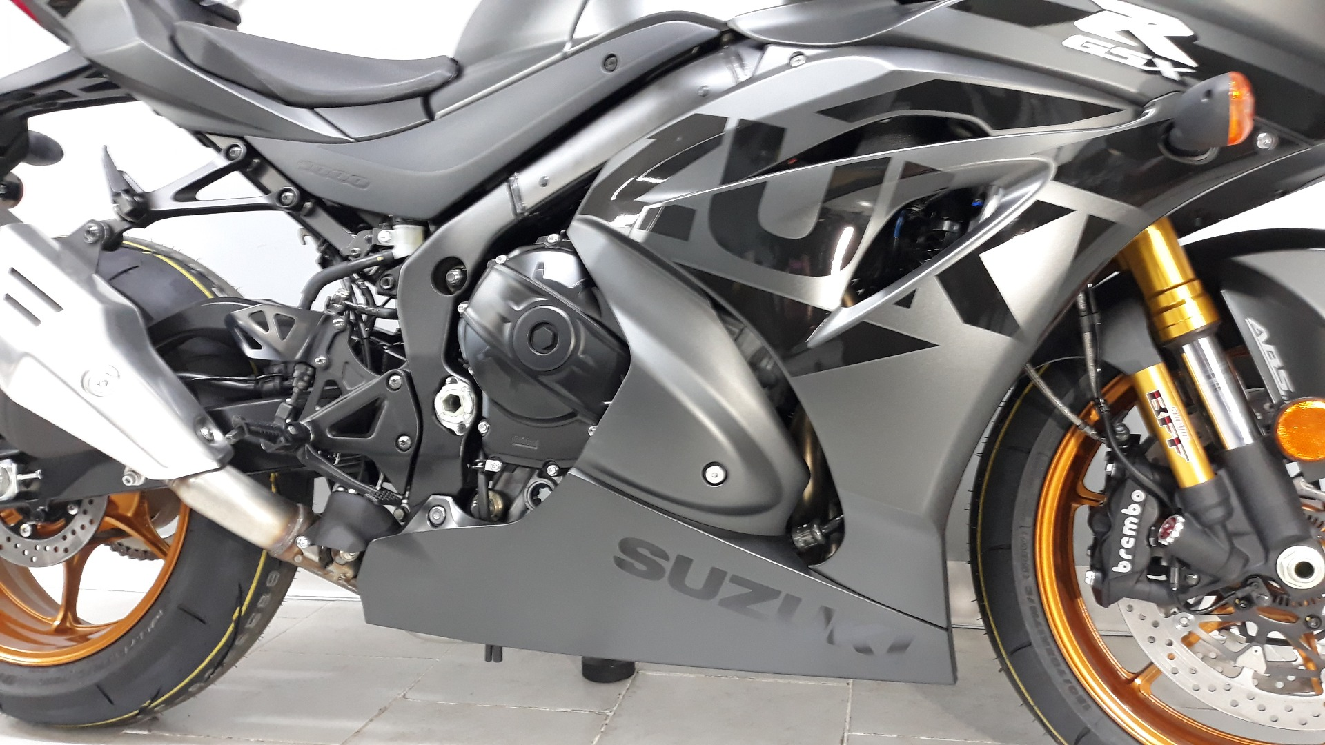 2021 Suzuki GSX-R1000R in Belleville, Michigan - Photo 5