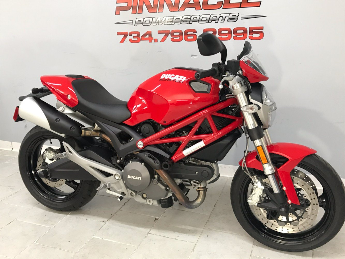 2012 Ducati Monster 696 in Belleville, Michigan - Photo 2