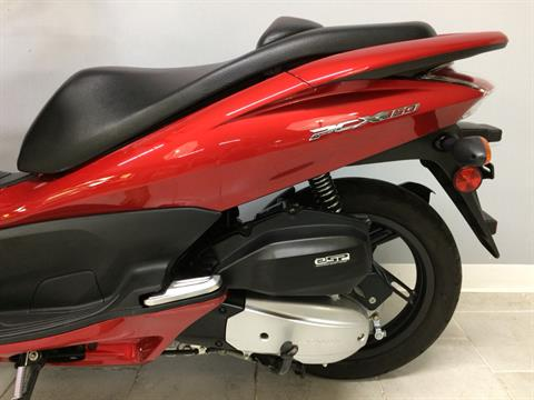 2013 Honda PCX150 in Belleville, Michigan - Photo 13