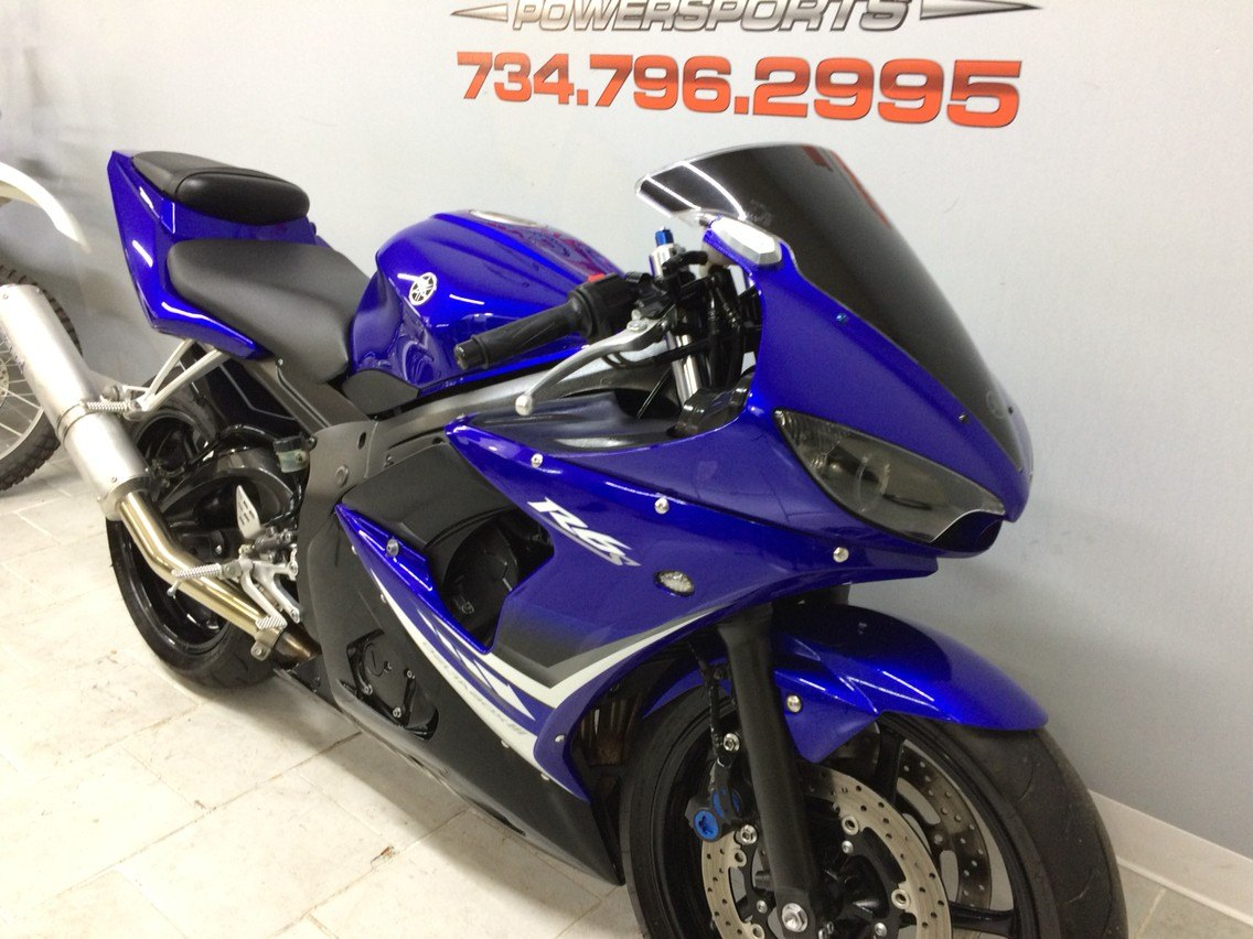 2008 Yamaha R6S in Belleville, Michigan - Photo 5