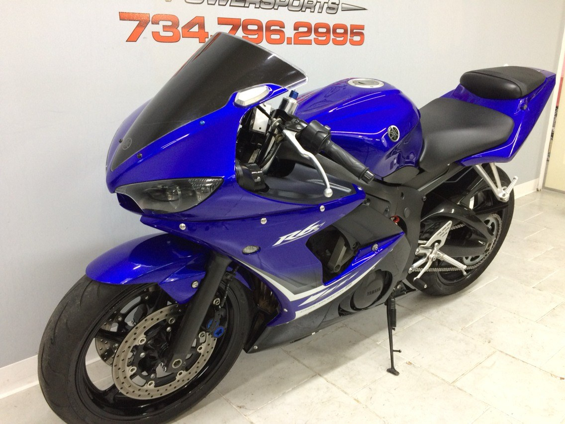 2008 Yamaha R6S in Belleville, Michigan - Photo 10