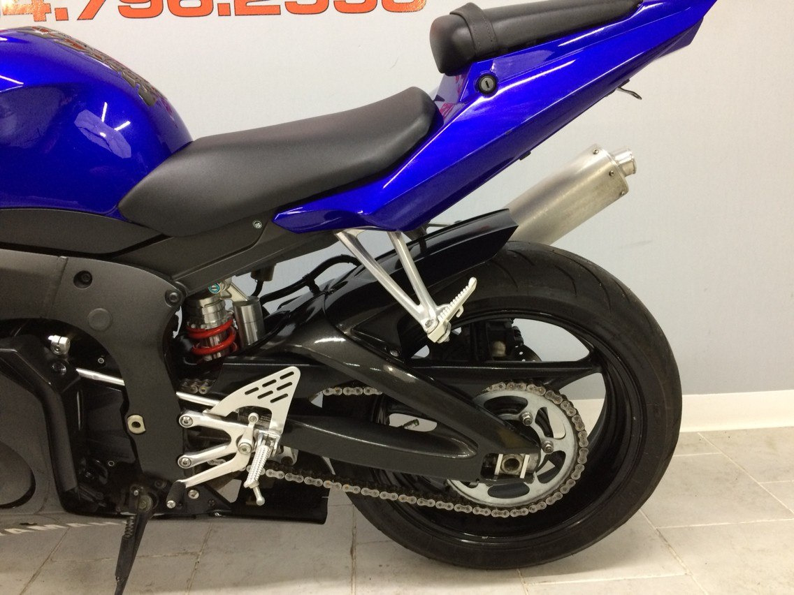2008 Yamaha R6S in Belleville, Michigan - Photo 13