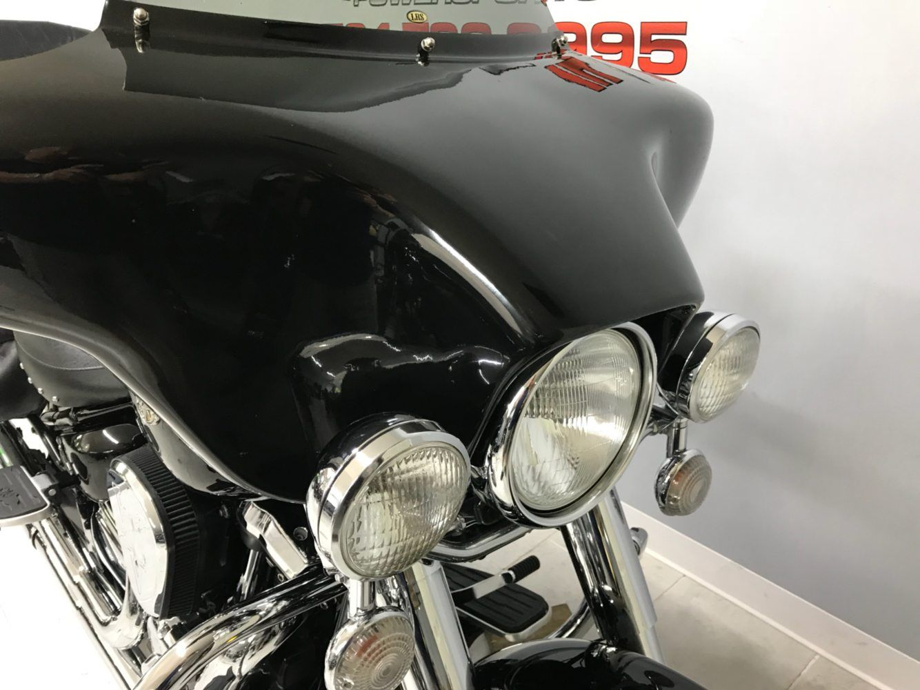2004 Yamaha Road Star Midnight Silverado® in Belleville, Michigan - Photo 6