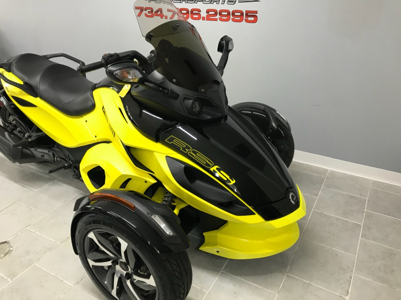 2014 Can-Am™ Spyder RS-S SM5 3