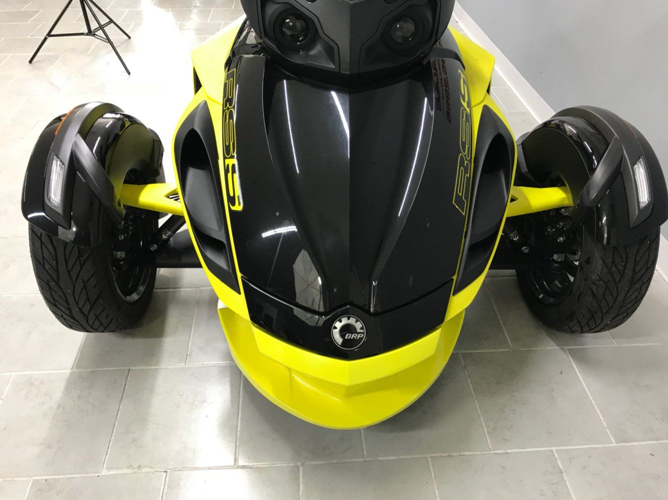 2014 Can-Am™ Spyder RS-S SM5 6