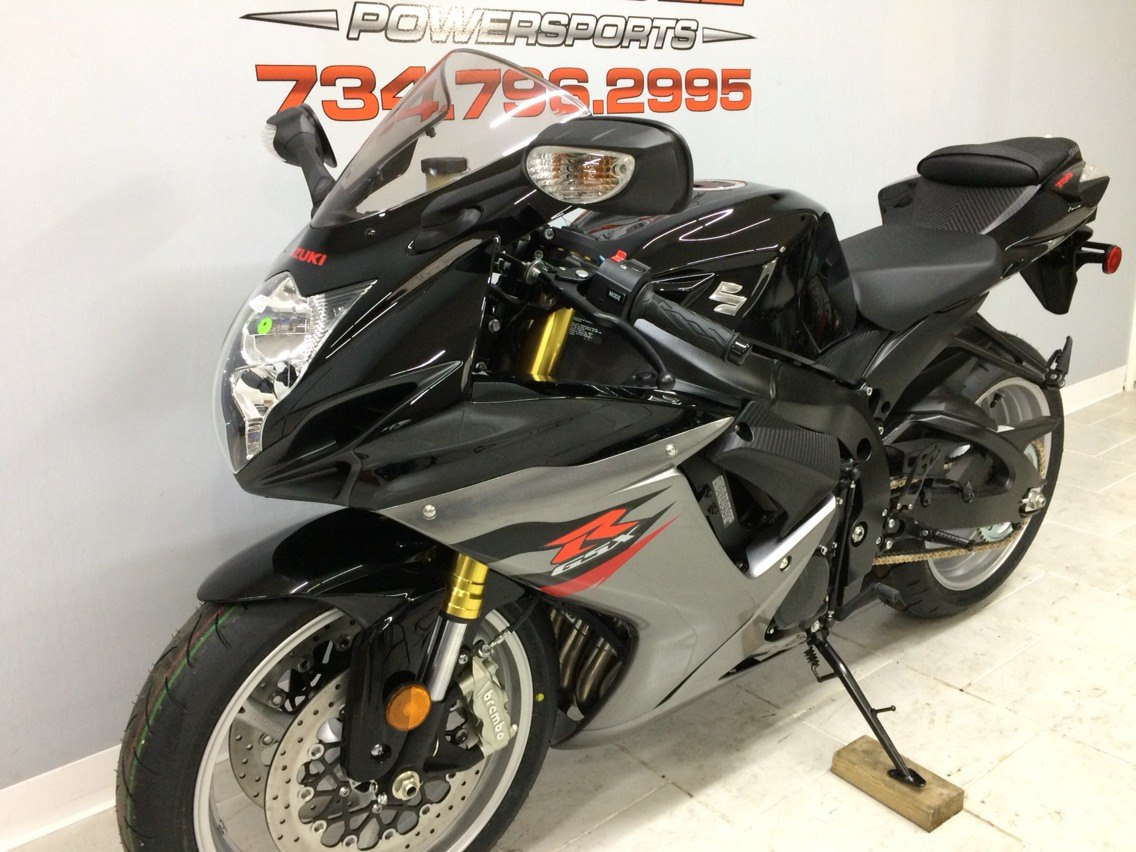 2018 Suzuki GSX-R750 in Belleville, Michigan - Photo 8