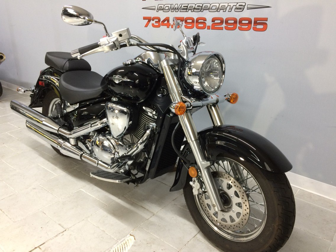 2015 Suzuki Boulevard C50 in Belleville, Michigan - Photo 2