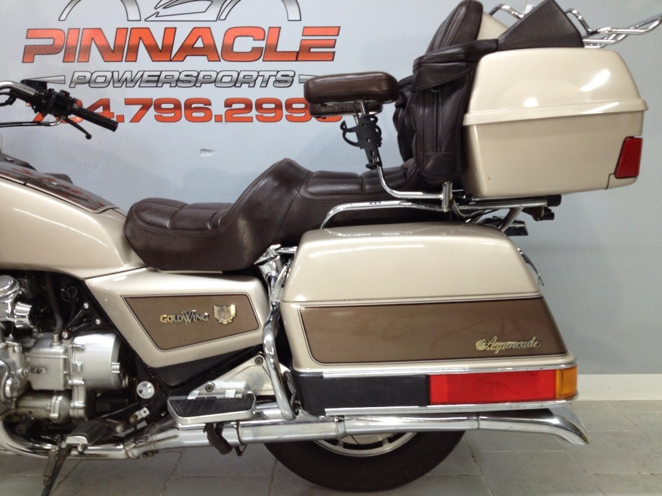 1985 Honda GOLD WING in Belleville, Michigan - Photo 11