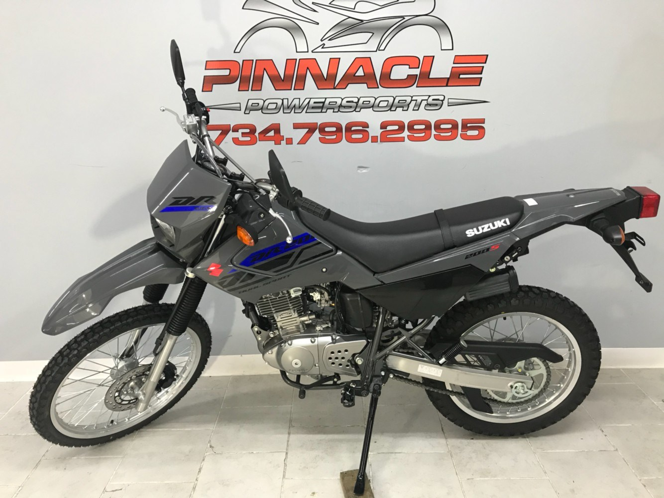 2020 Suzuki DR200S in Belleville, Michigan - Photo 6