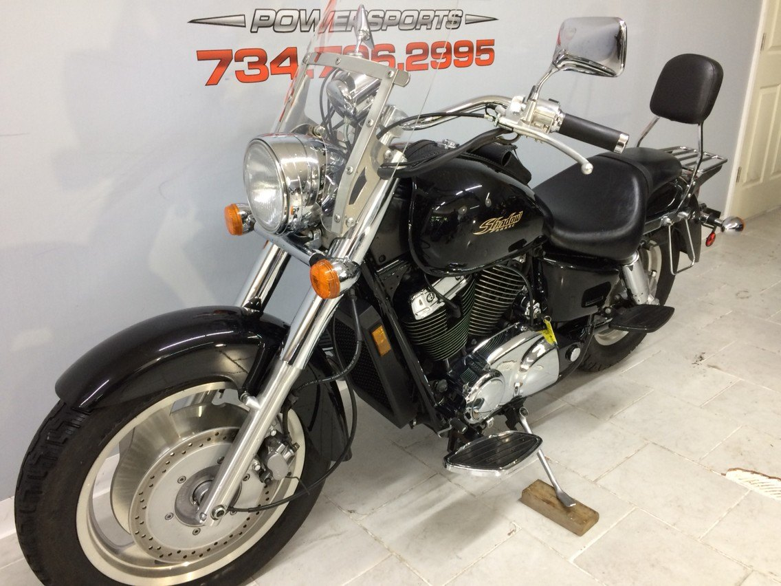 2003 Honda Shadow Sabre in Belleville, Michigan - Photo 11