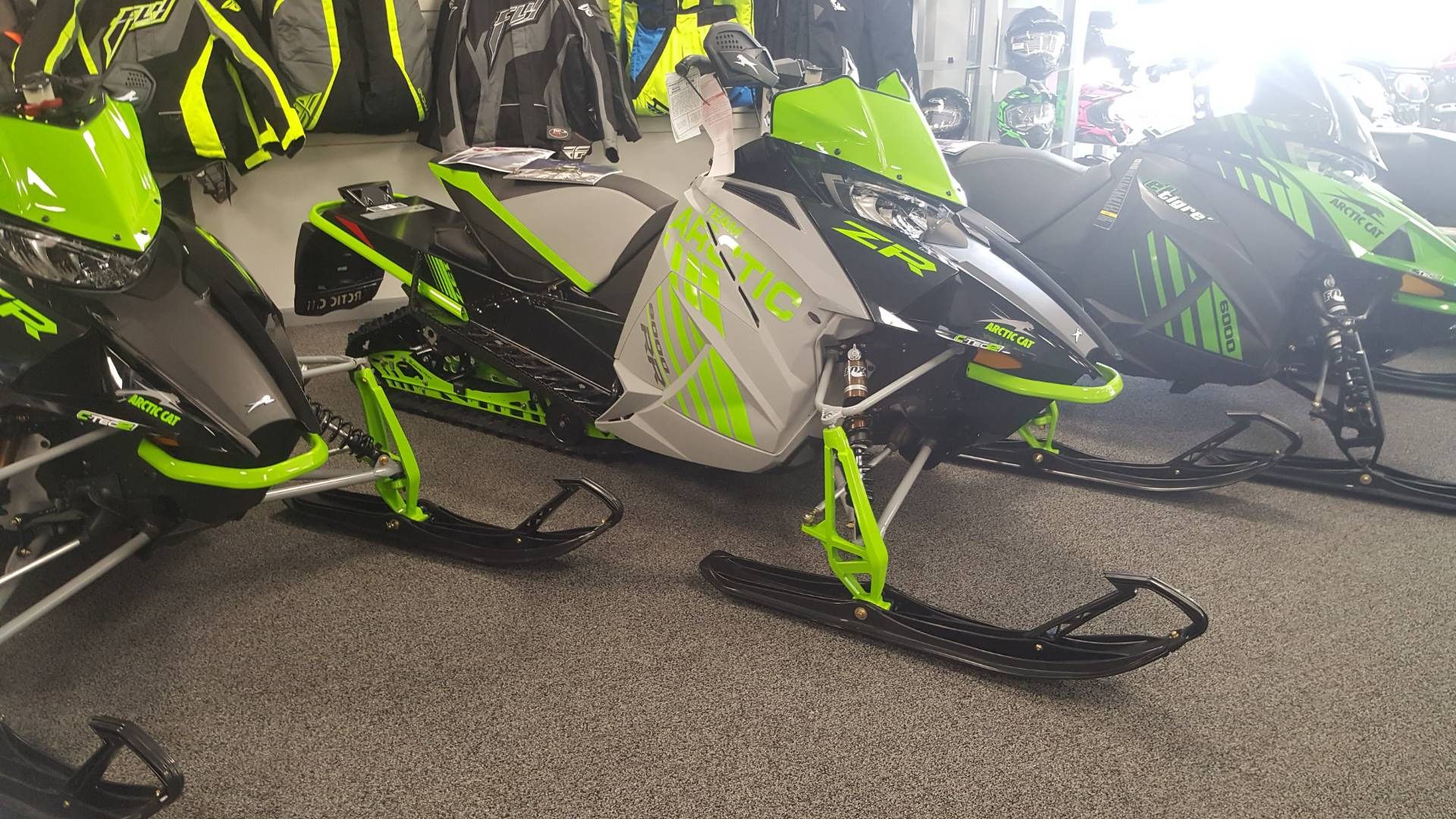 New 2018 Arctic Cat ZR 8000 RR ES 137 Snowmobiles in Honesdale PA