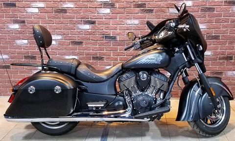 2017 Indian Chieftain Dark Horse® in Dimondale, Michigan