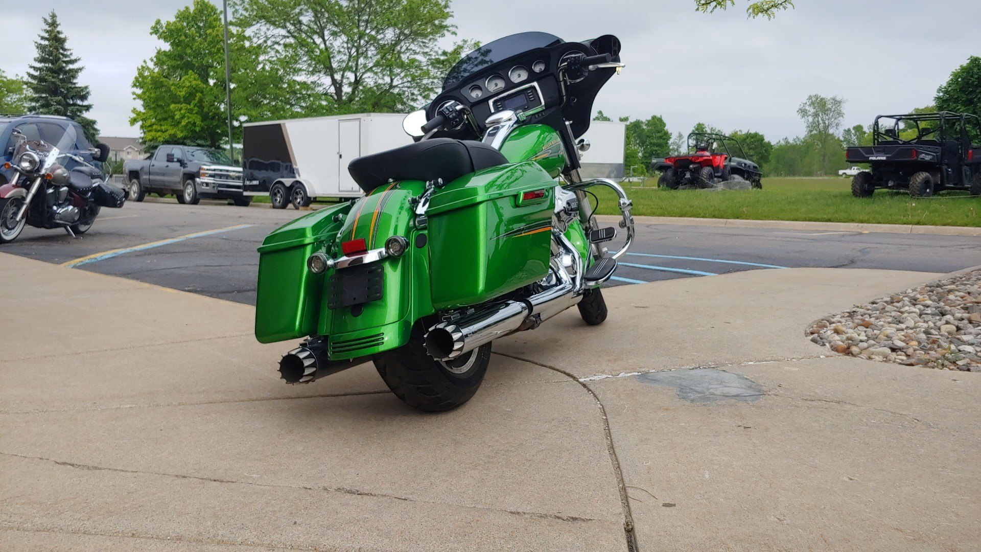 2015 Harley-Davidson Street Glide® in Dimondale, Michigan - Photo 7