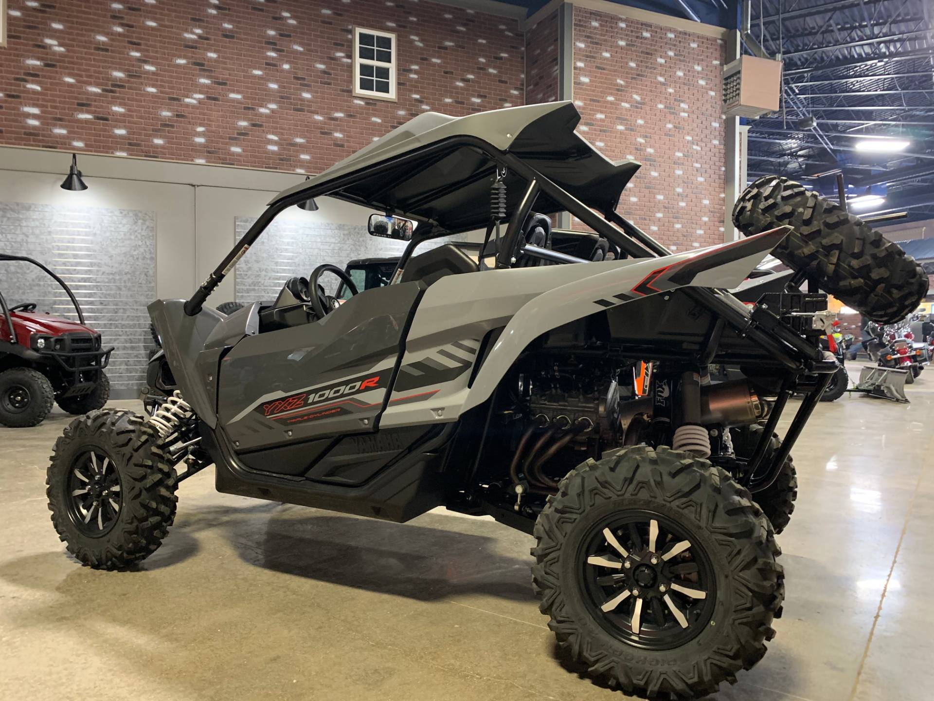 2018 Yamaha YXZ1000R in Dimondale, Michigan