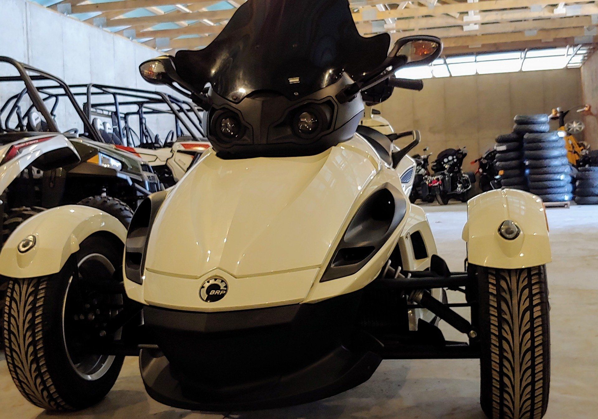 2011 Can-Am Spyder RS SES in Dimondale, Michigan - Photo 3