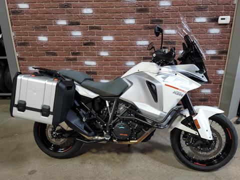 2015 KTM 1290 Super Adventure in Dimondale, Michigan