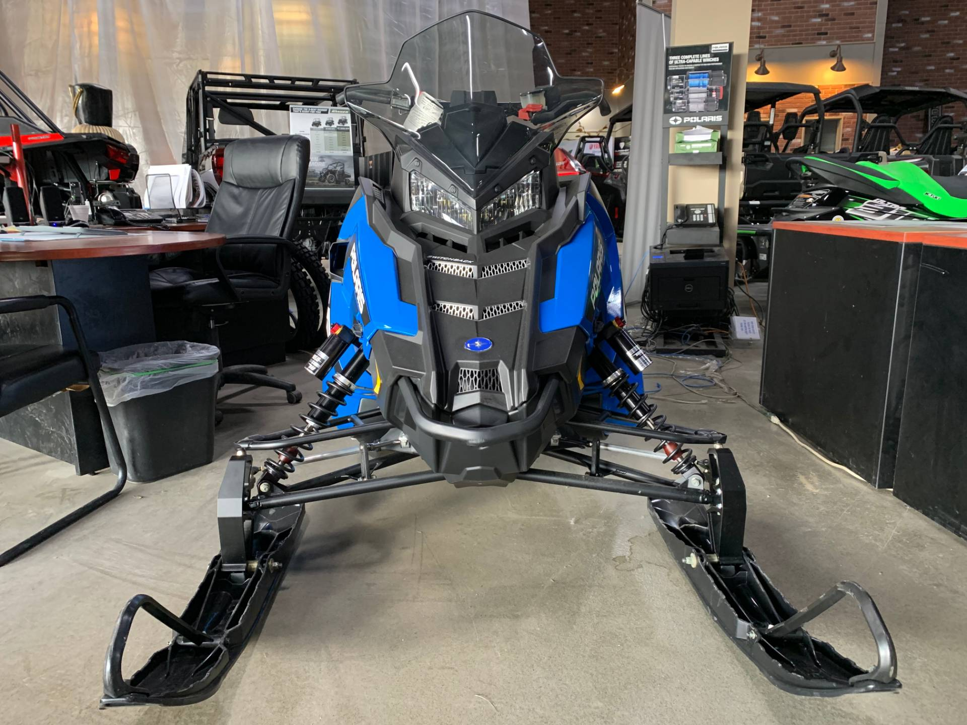 2018 Polaris 800 Switchback XCR ES 4
