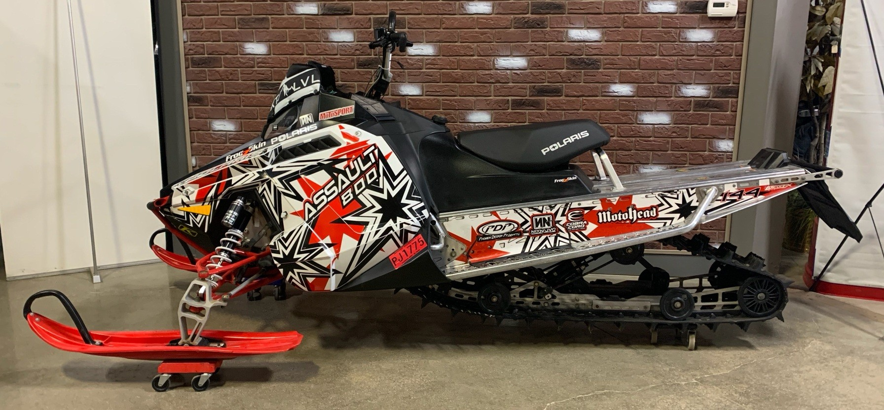 2012 Polaris Switchback® Assault 144 in Dimondale, Michigan - Photo 2