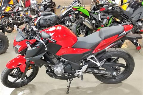 2015 Honda CB300F in Dimondale, Michigan