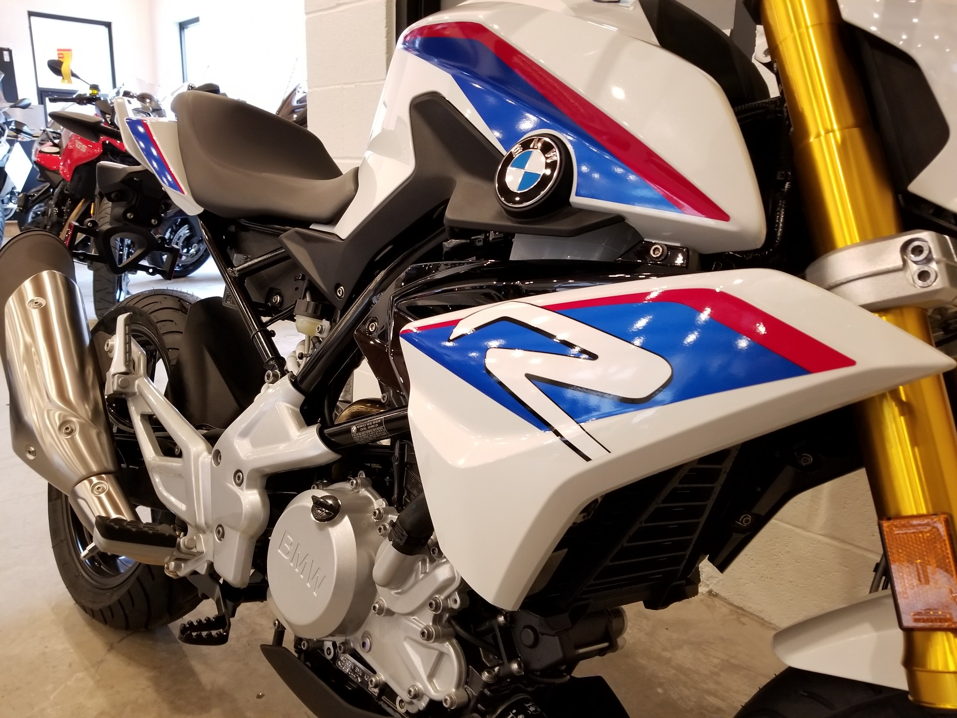 2019 BMW G 310 R in Port Clinton, Pennsylvania - Photo 8