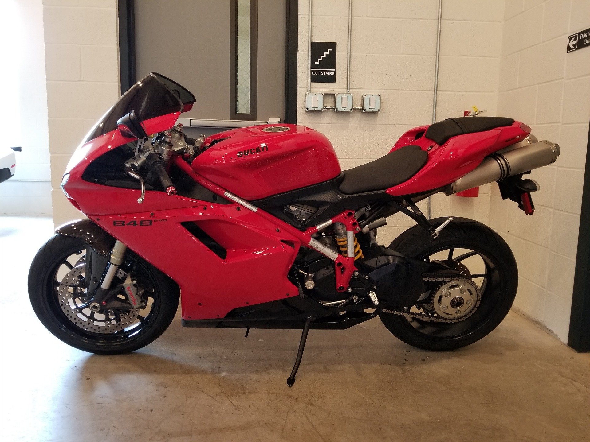 2011 Ducati Superbike 848 EVO in Port Clinton, Pennsylvania - Photo 2