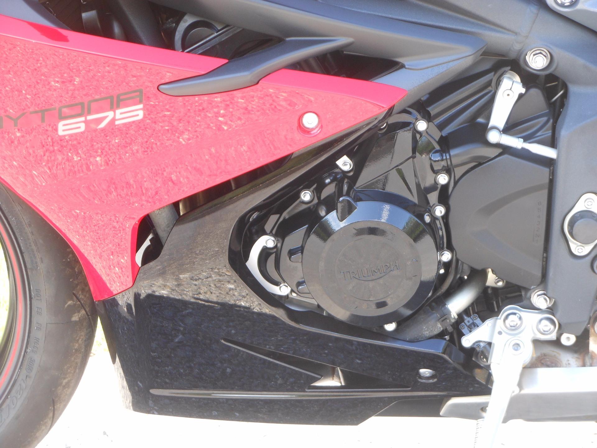 2015 Triumph Daytona 675 ABS in Port Clinton, Pennsylvania