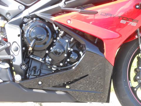 2015 Triumph Daytona 675 ABS in Port Clinton, Pennsylvania