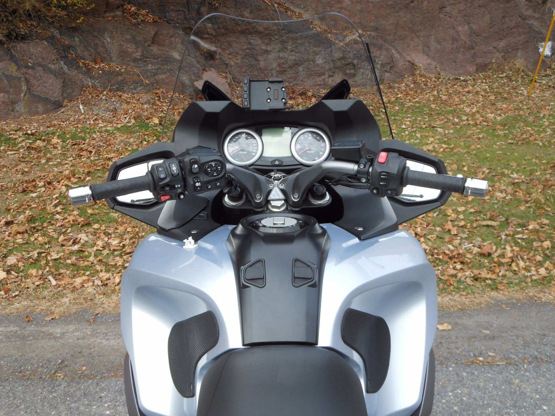 2014 Triumph Trophy SE ABS in Port Clinton, Pennsylvania - Photo 9