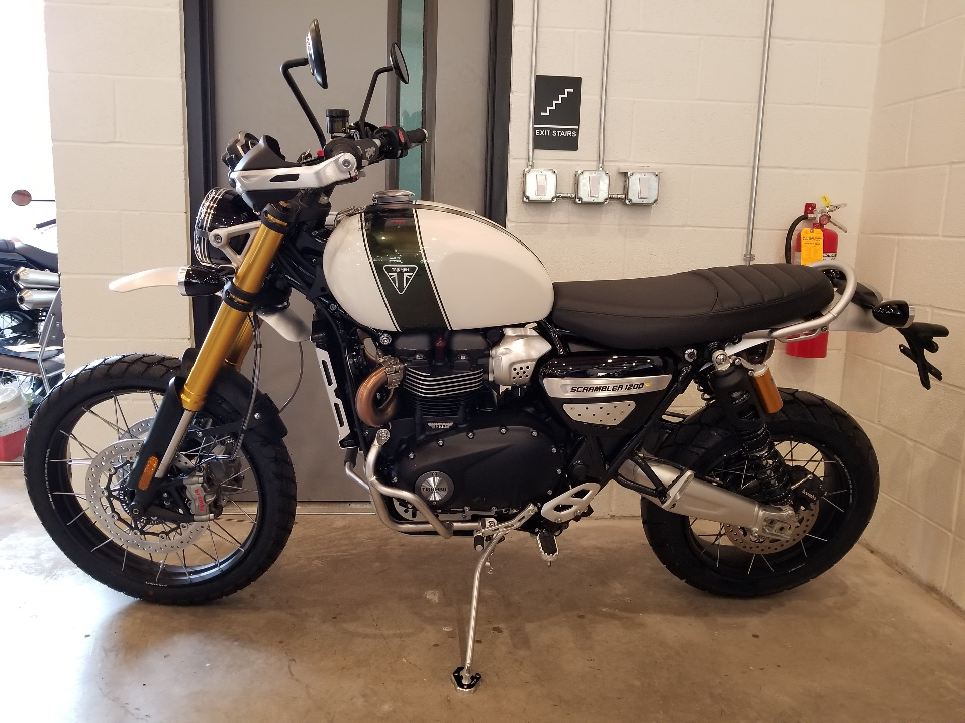 2019 Triumph Scrambler 1200 XE in Port Clinton, Pennsylvania - Photo 3