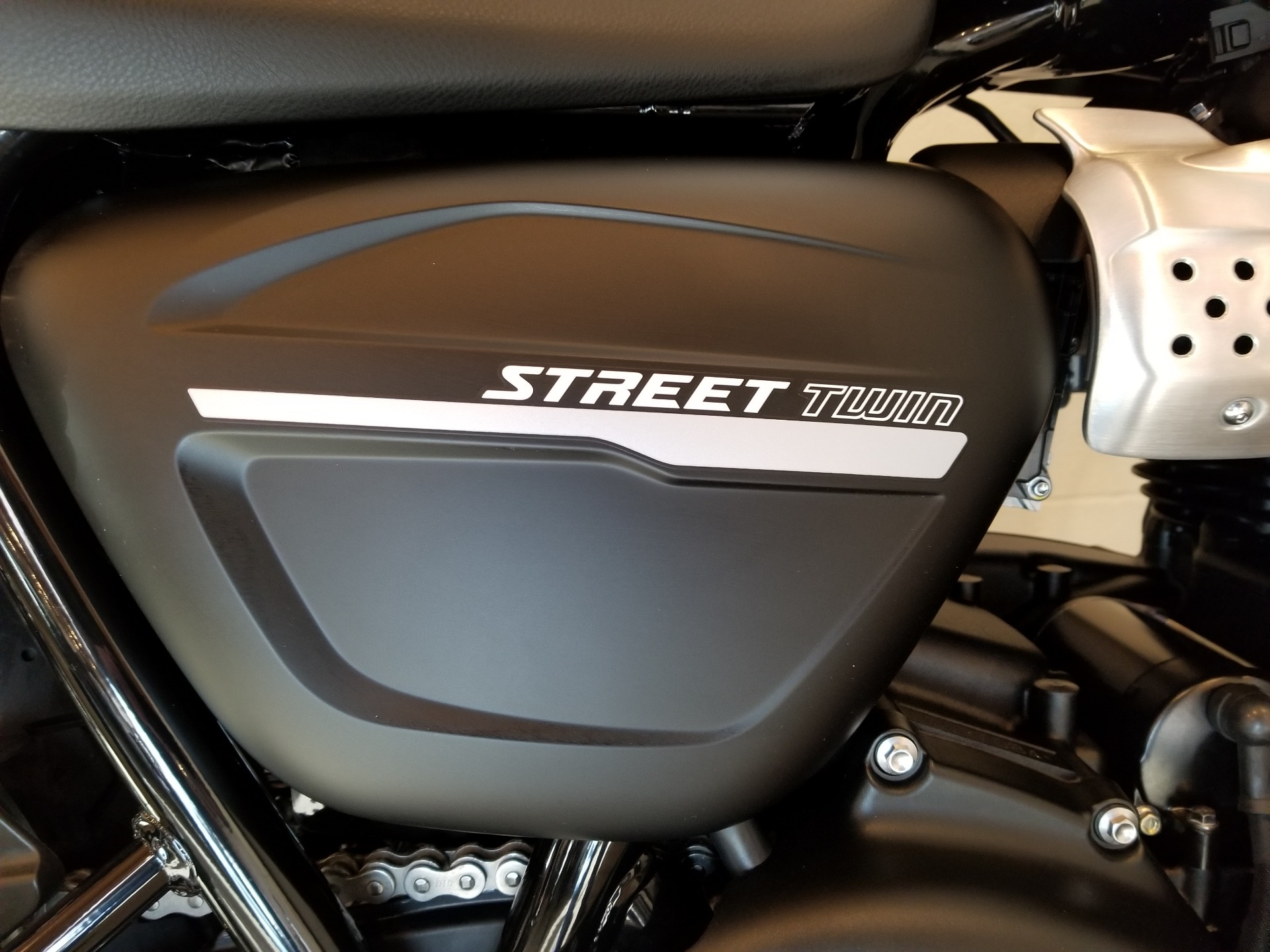 2019 Triumph Street Twin 900 in Port Clinton, Pennsylvania - Photo 7