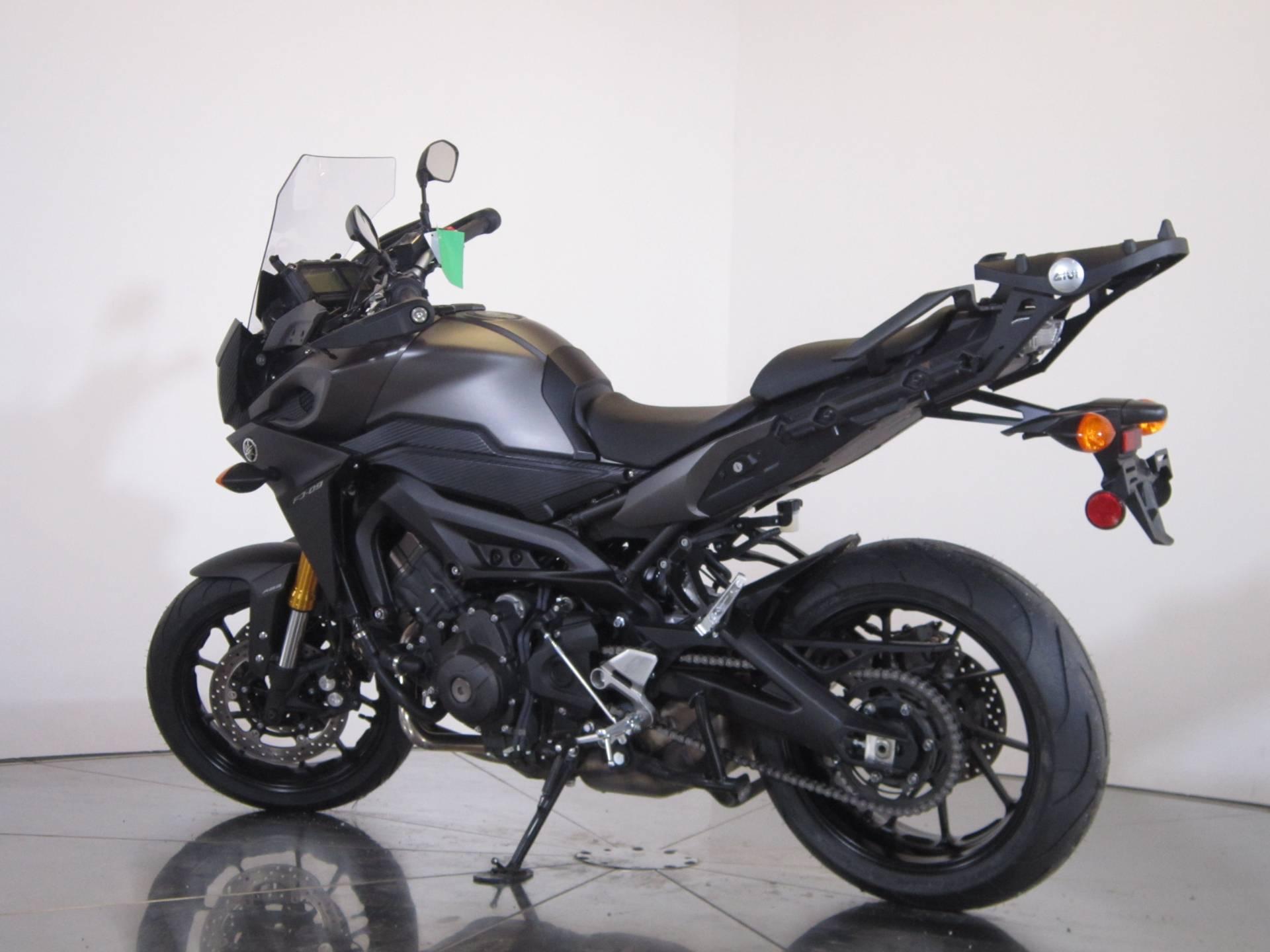 2015 Yamaha FJ-09 6