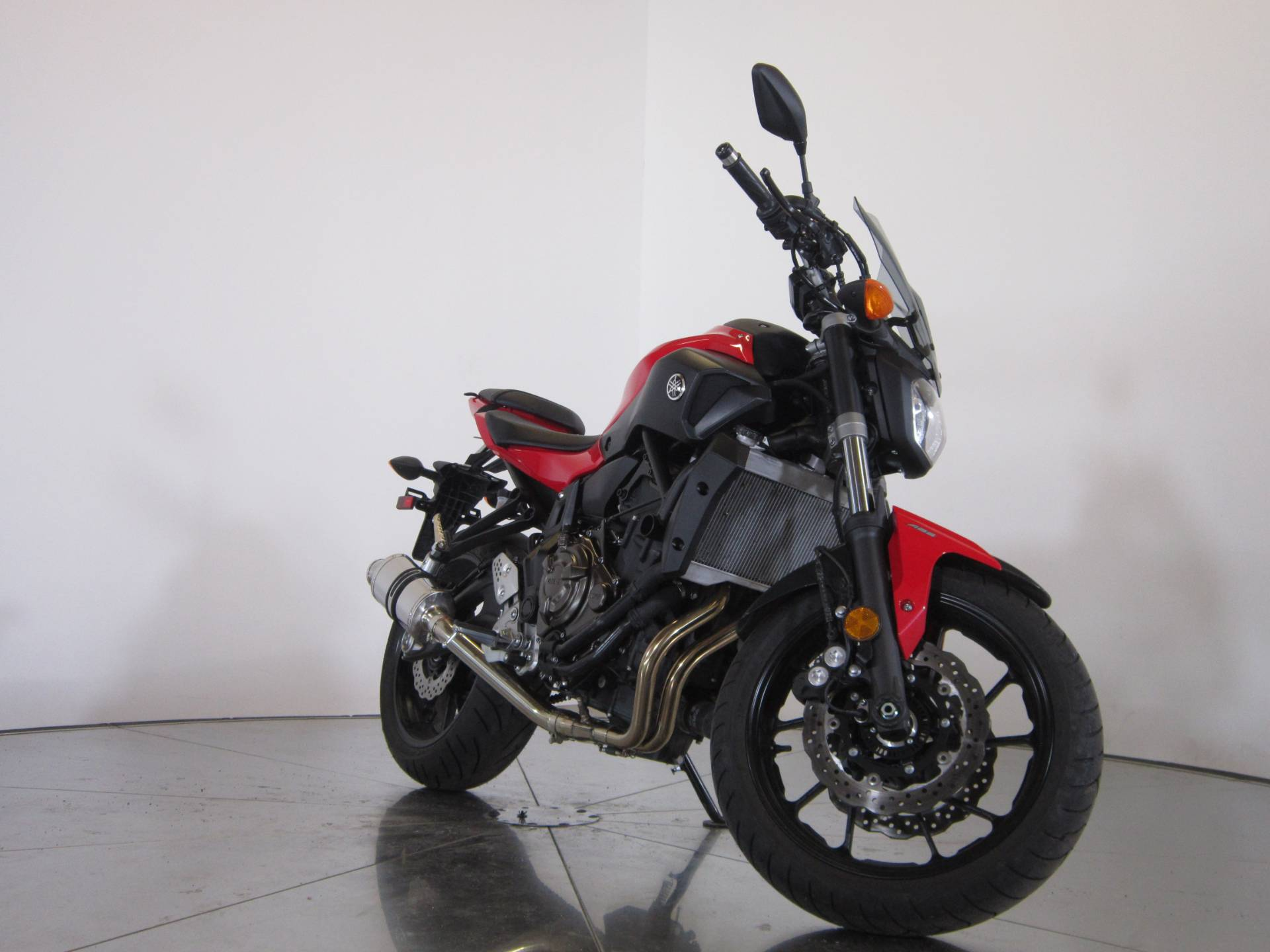2017 Yamaha FZ-07 2