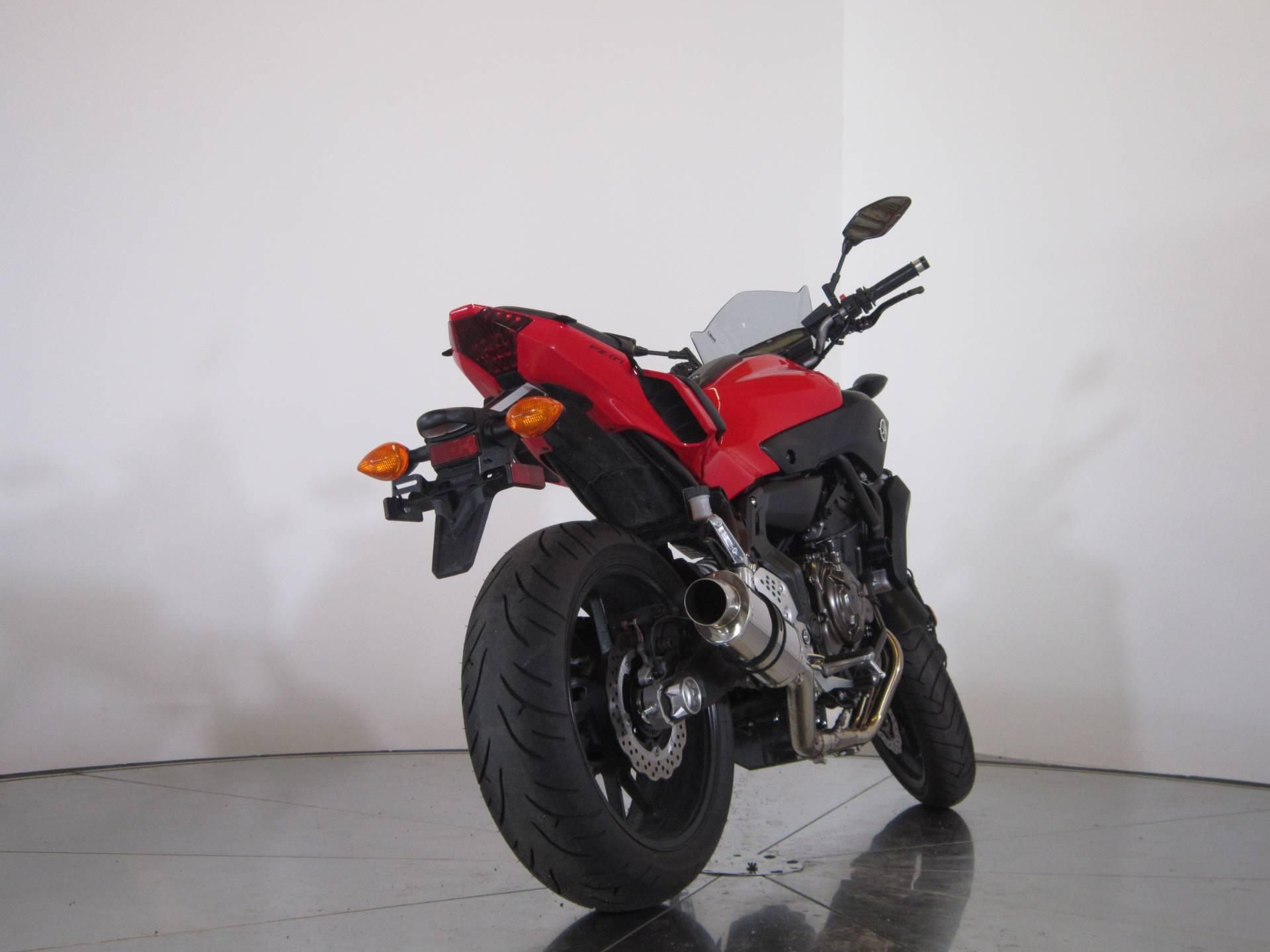 2017 Yamaha FZ-07 8