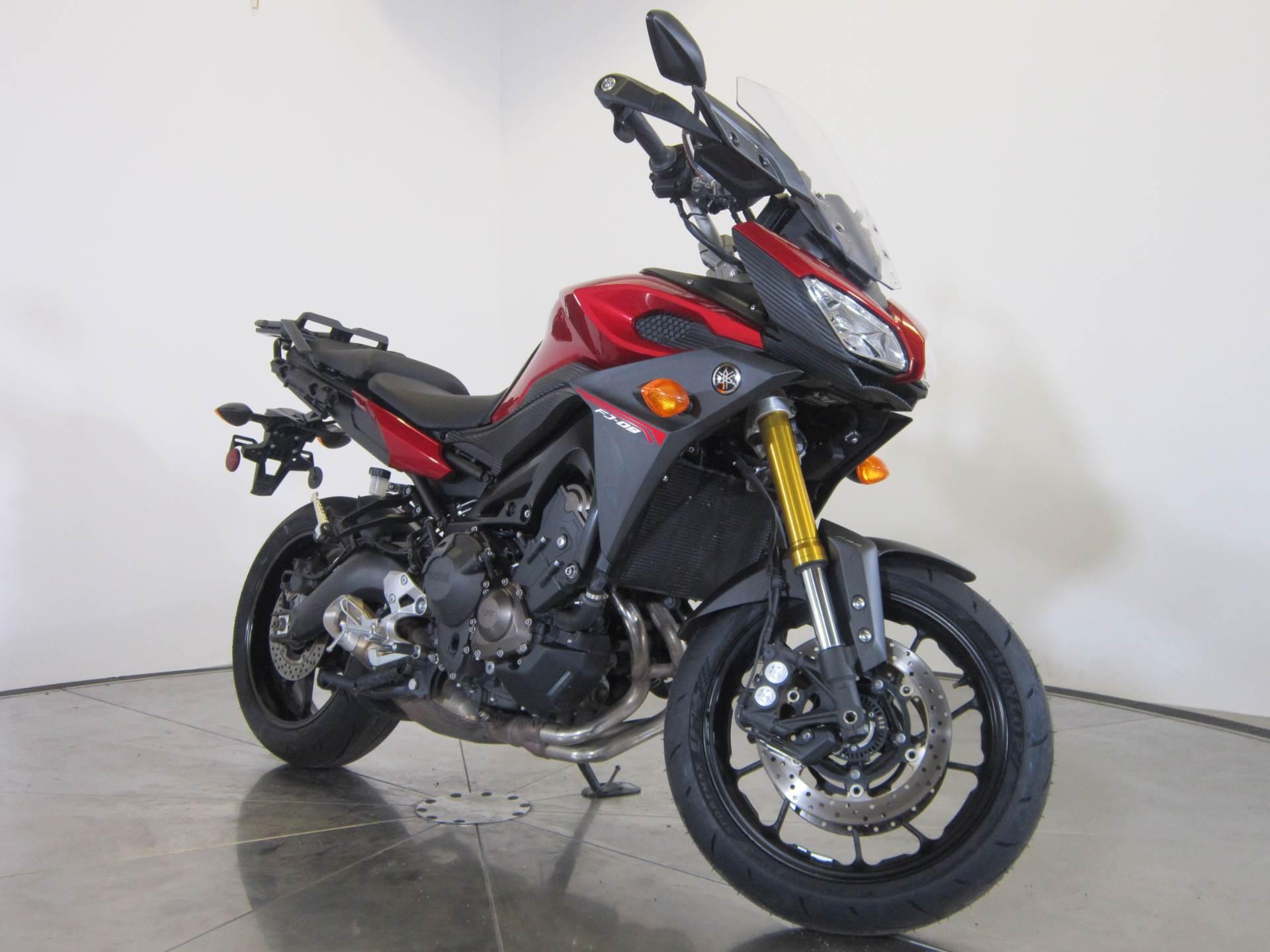 2015 Yamaha FJ-09 8