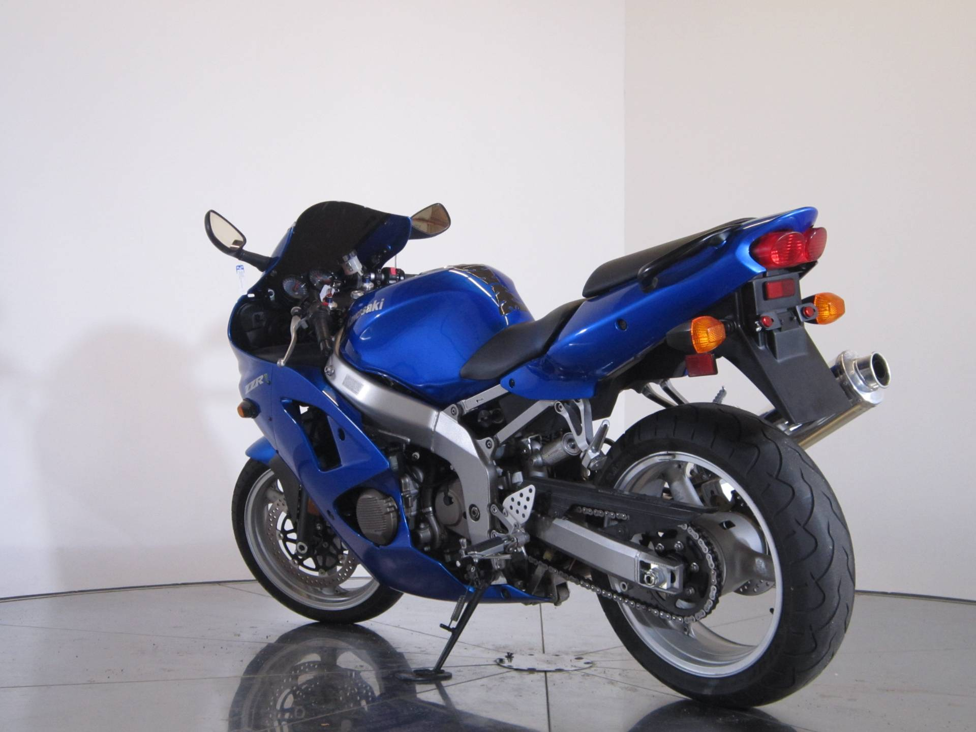 2008 Kawasaki ZZR®600 in Greenwood Village, Colorado