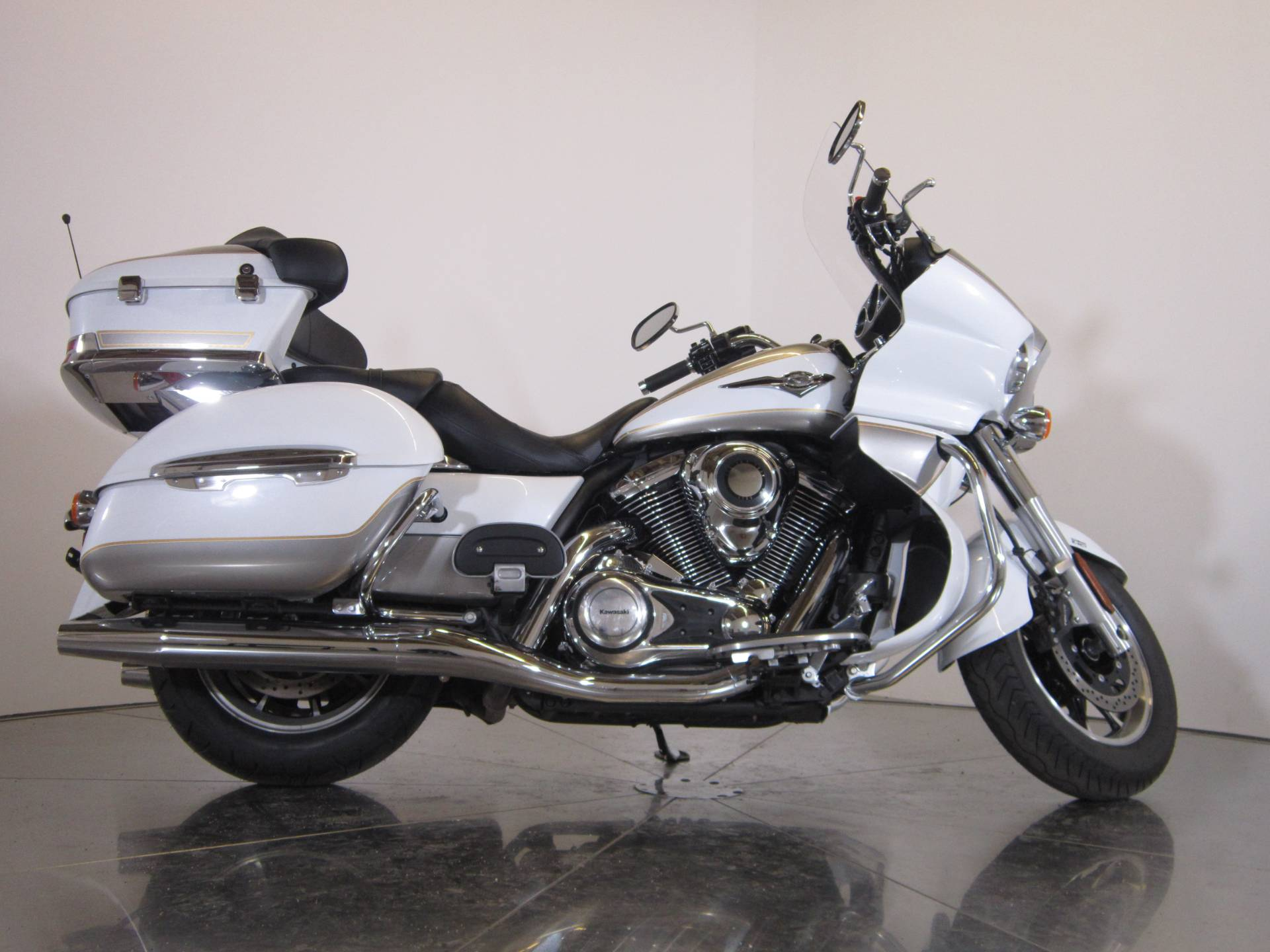 2013 Kawasaki Vulcan® 1700 Voyager® ABS in Greenwood Village, Colorado