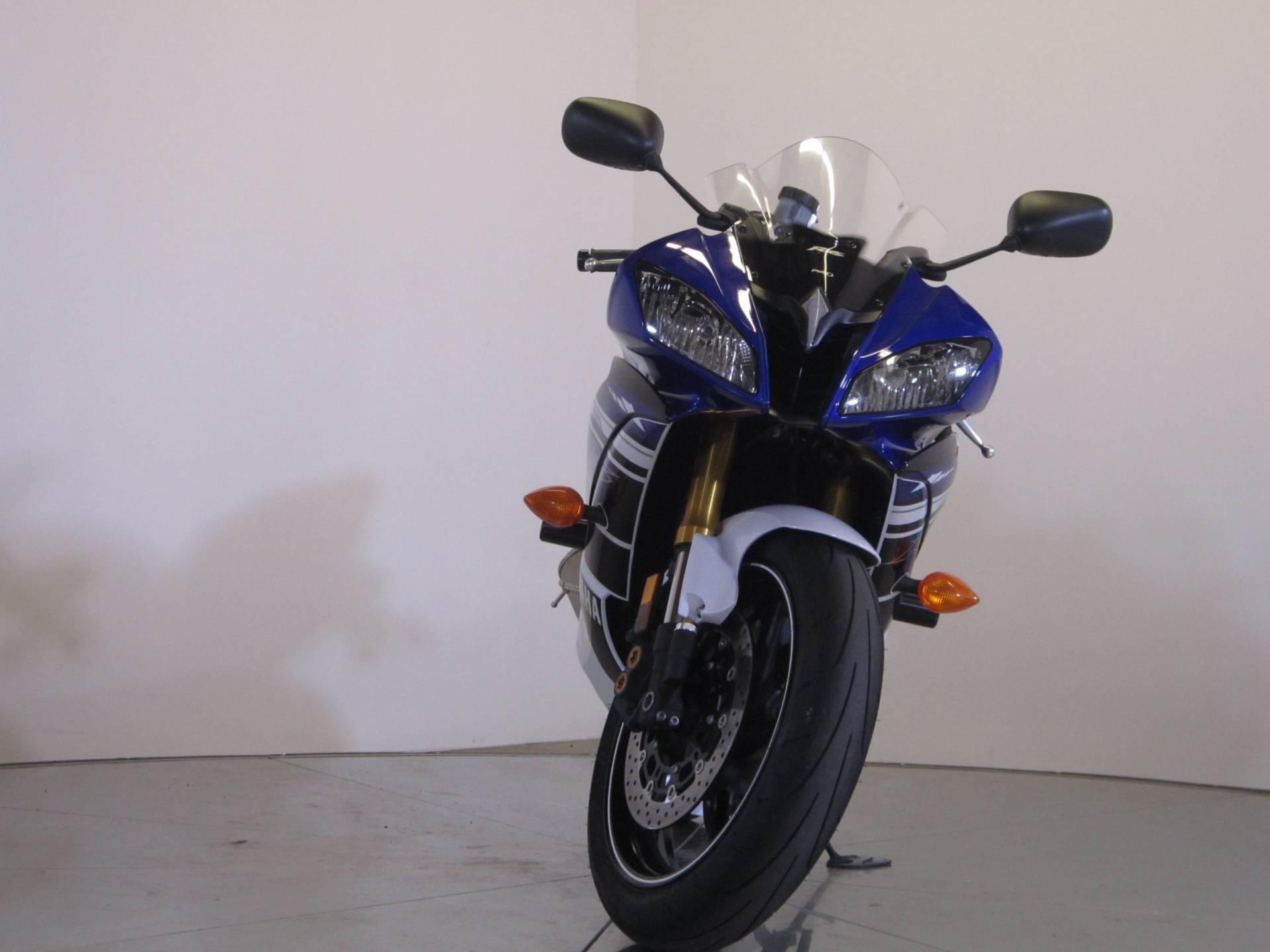 2013 Yamaha YZF-R6 3