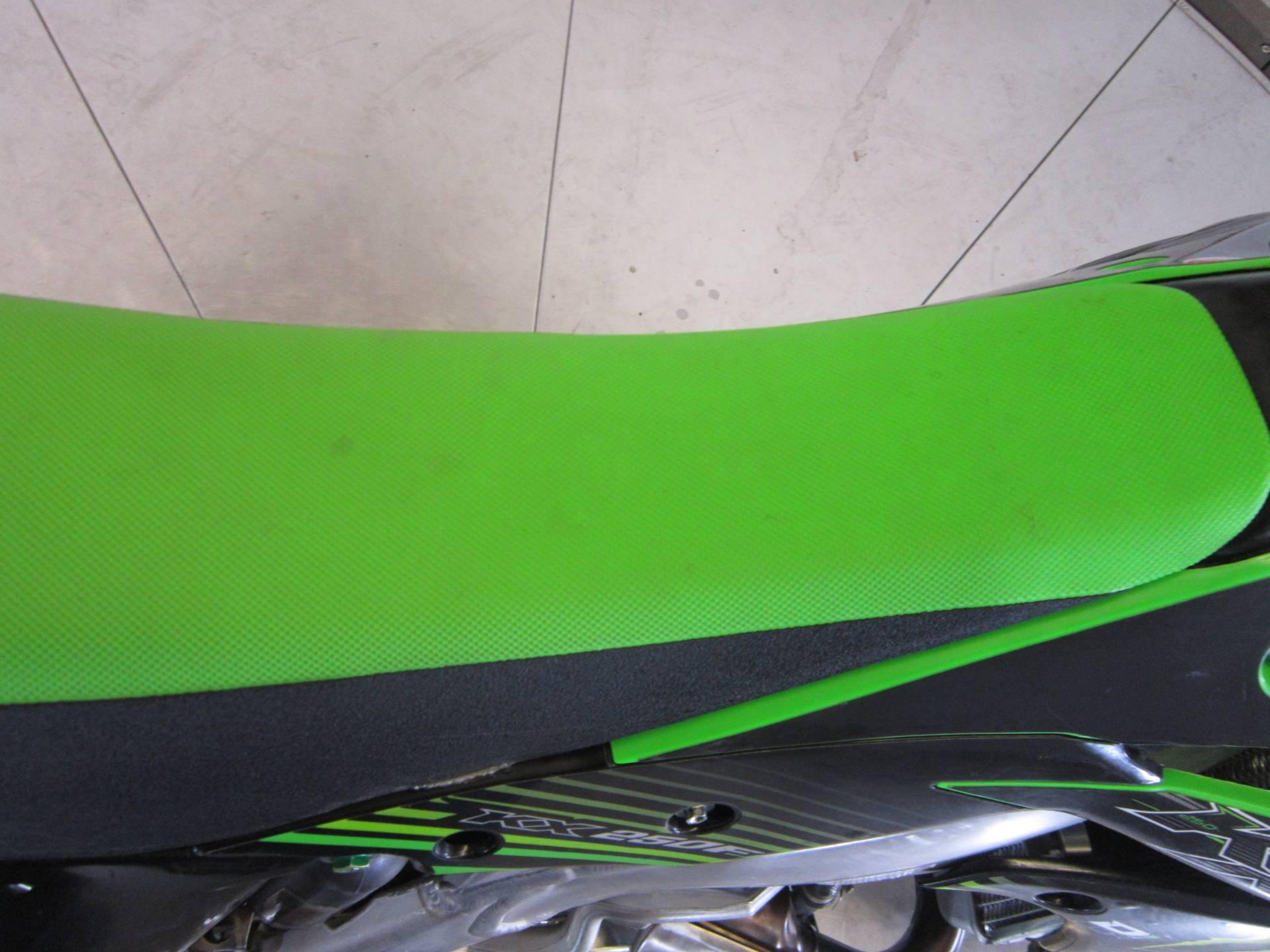 2016 Kawasaki KX250F 10