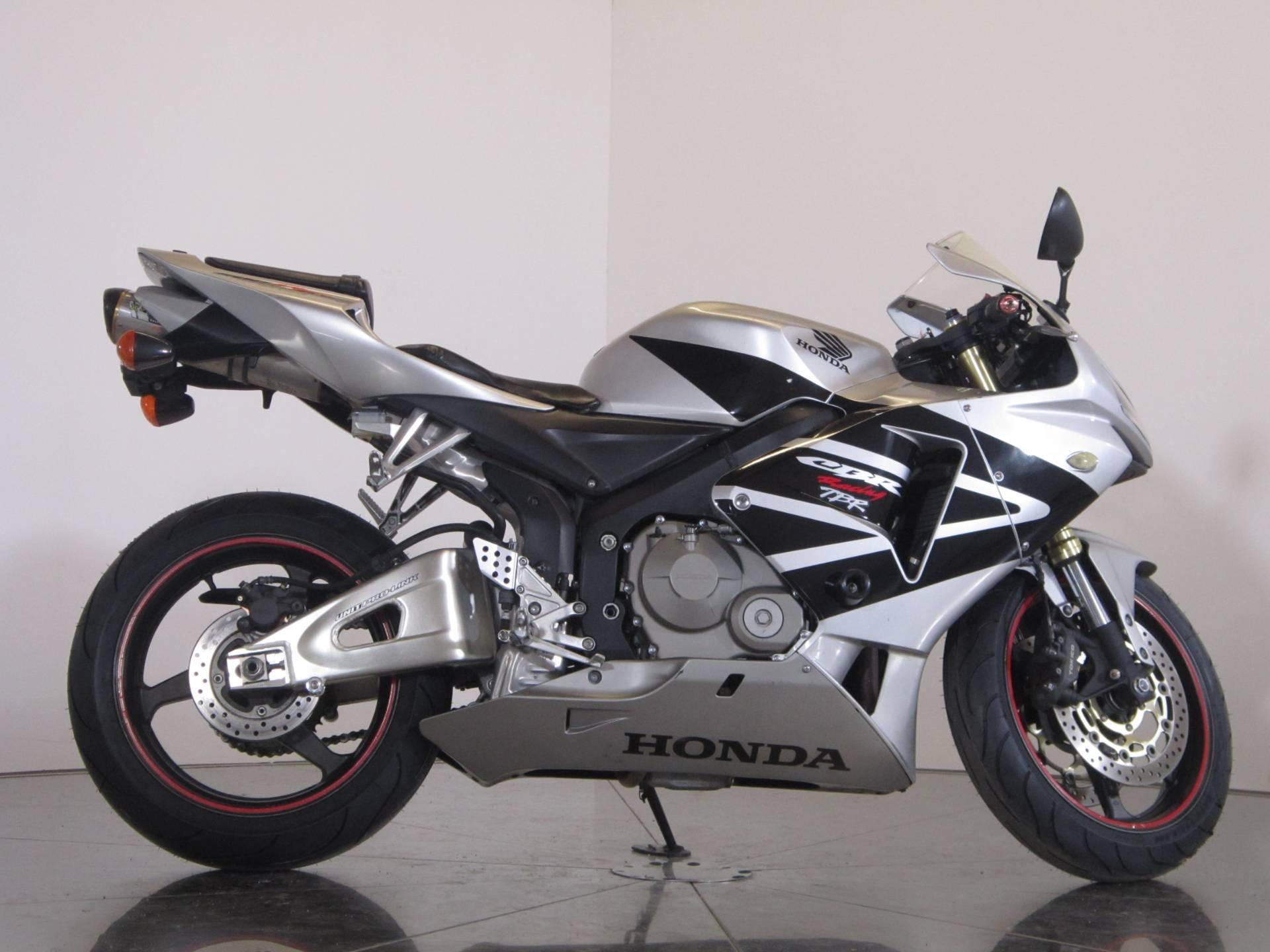2006 Honda CBR600RR 1