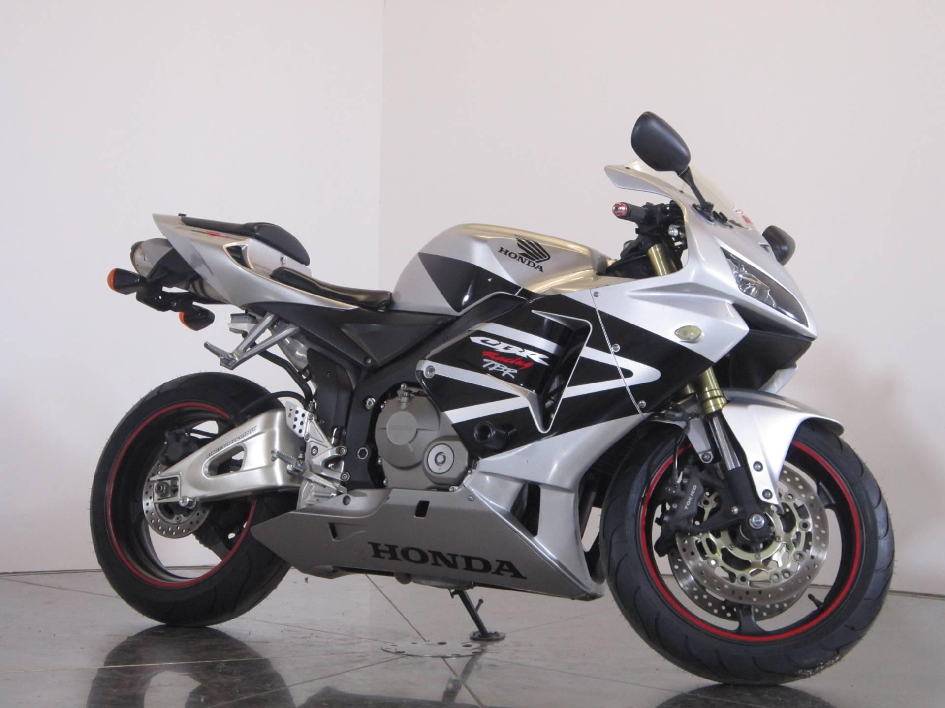 2006 Honda CBR600RR 2