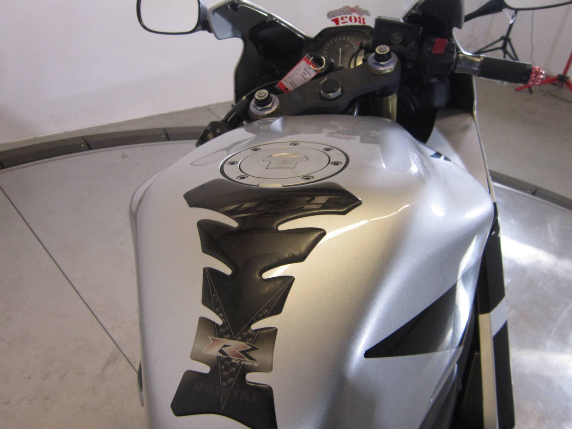 2006 Honda CBR600RR 11