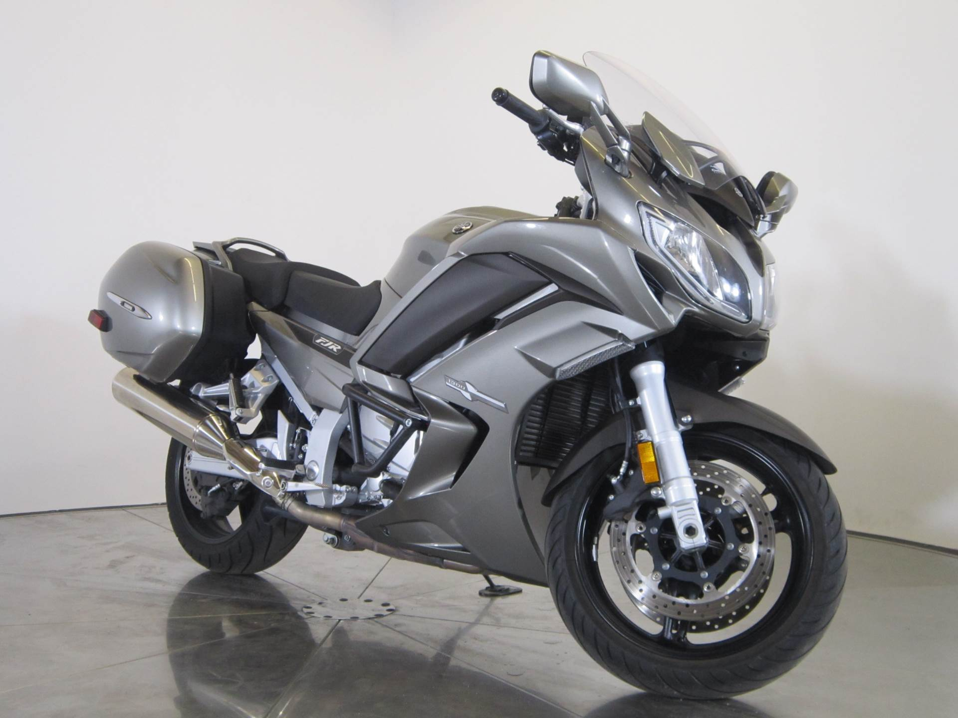 2013 Yamaha FJR1300A 6