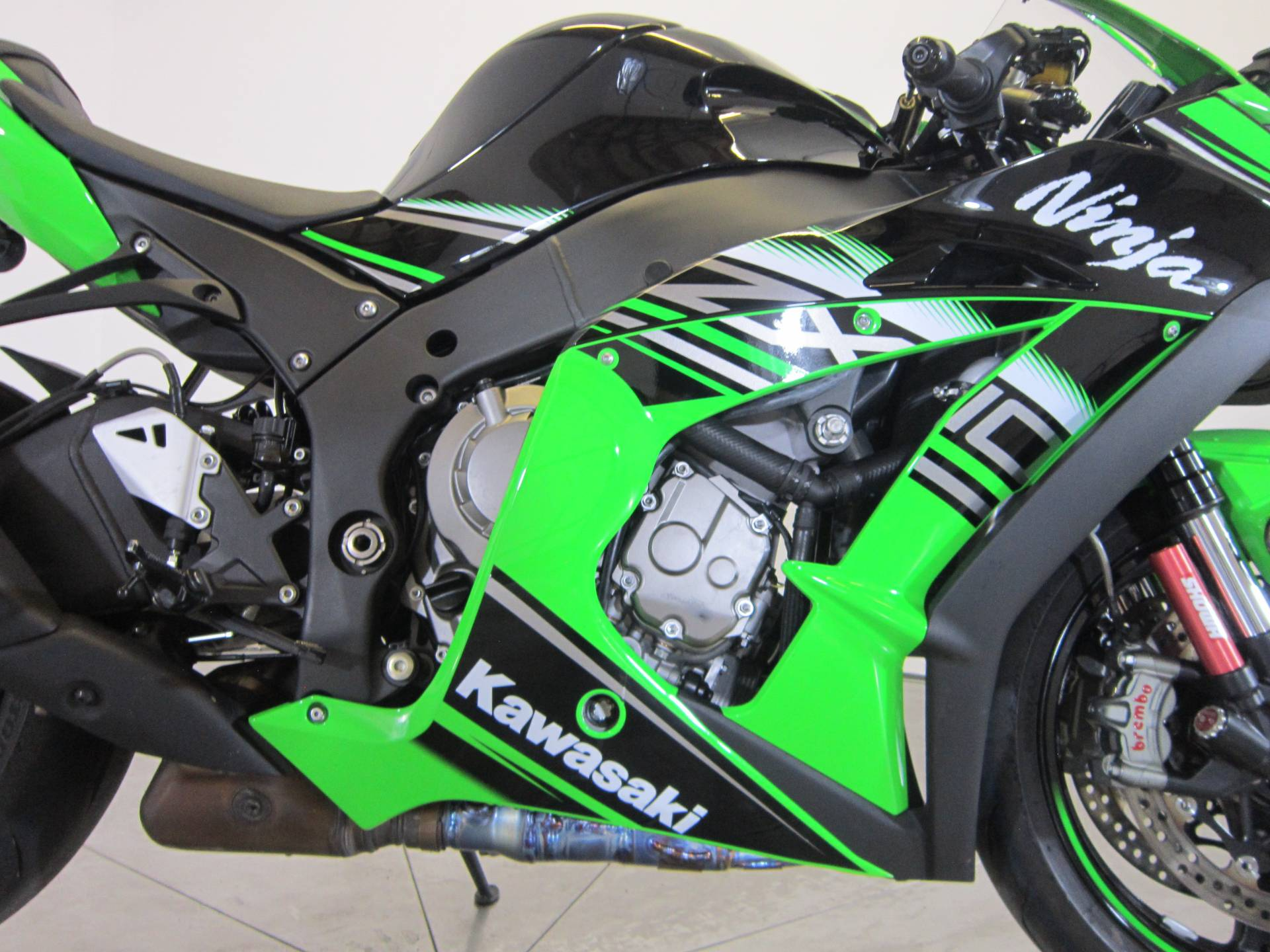 2016 Kawasaki Ninja ZX-10R ABS KRT Edition in Greenwood Village, Colorado
