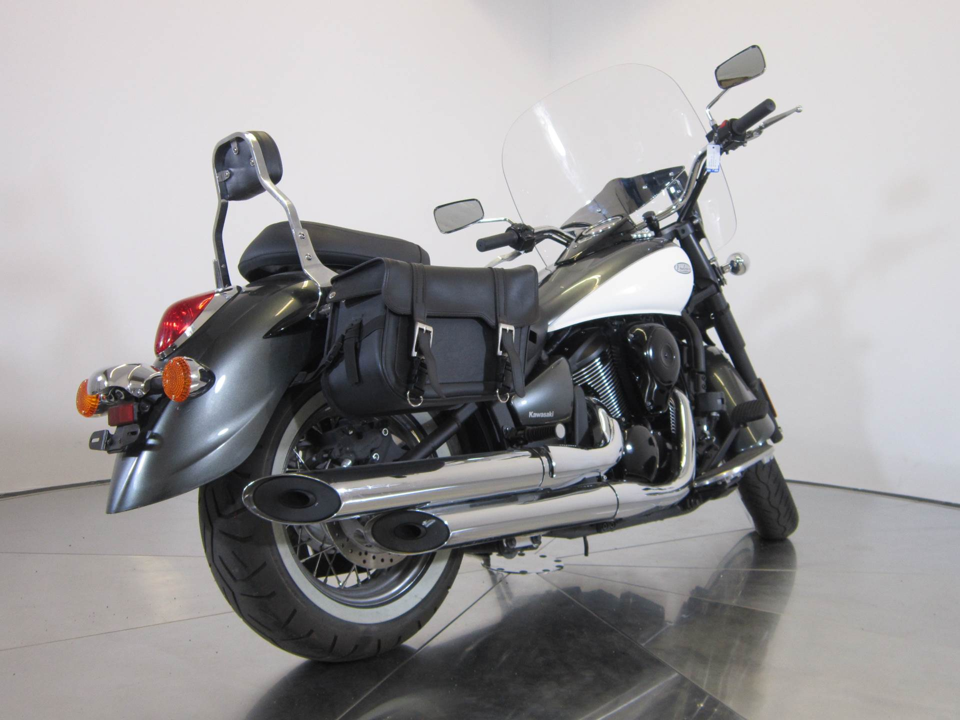 2012 Kawasaki Vulcan® 900 Classic in Greenwood Village, Colorado